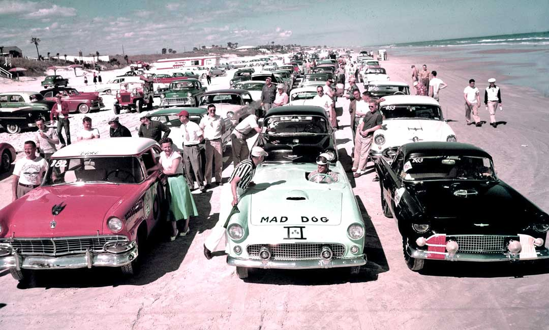 Racing-Cars-on-the-Beach