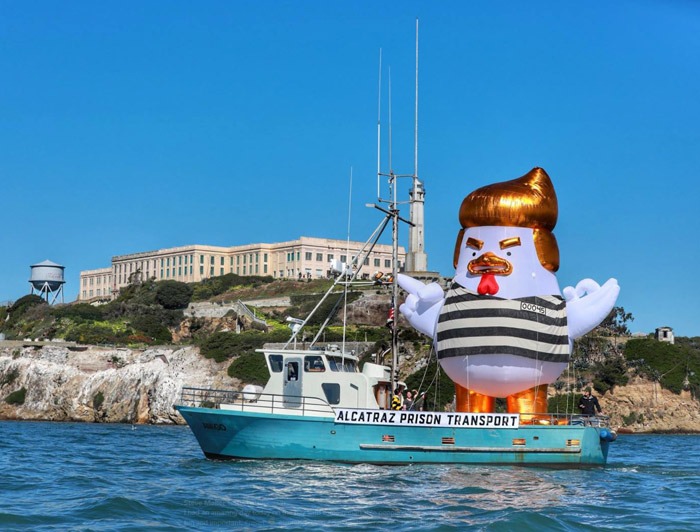 trump-alcatraz-chicken
